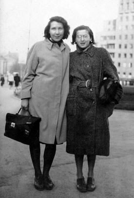 Gunvor Hofmo & Ruth Mayer in 1942 (Photo: unknown)